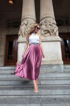 Pleated Metallic Skirt outfit and a different way to tie a scarf. By Fashion Blogger Tess Montgomery