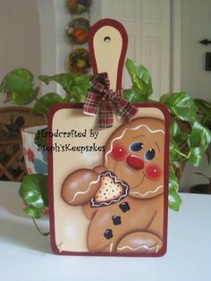 Handpainted Gingerbread Pot Holder/ Keys by stephskeepsakes Gingerbread Man Crafts, Gingerbread Ornaments, Gingerbread Decorations, Christmas Gingerbread, Christmas Decorations, Gingerbread Houses, Christmas Wood Crafts, Christmas Art, Holiday Crafts