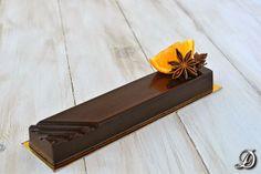 Turrón de Chocolate con Sablée Bretón y Gelatina de Mandarina y Anís Estrellado - Disfrutando de la comida