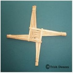 How to Make a Brigid's Cross for Imbolc, Imbolg, St. Bride, St. Brighid, February 2
