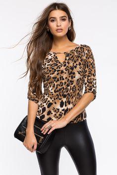 Леопардовая блуза Размеры: S, M, L Цвет: коричневый с принтом Цена: 1285 руб.     #одежда #женщинам #блузы #коопт