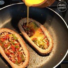 """3,556 Beğenme, 165 Yorum - Instagram'da Adana Gurmesi (@adanagurmesi): """"Hafta sonu kahvaltımı sizler için kayda aldım Hem pratik♀️ Hem doyurucu   Hem sağlıklı ve…"""" No Calorie Foods, I Foods, Diet Recipes, Cooking Recipes, Turkish Breakfast, Appetizer Dishes, Iftar, Turkish Recipes, Everyday Food"""