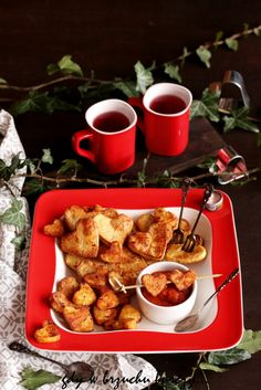 Walentynkowe frytki French Toast, Vegetables, Breakfast, Valentines, Recipes, Anna, Food, Morning Coffee, Valentine's Day Diy