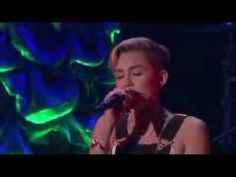 ▶ Miley Cyrus Performs 'We Can't Stop' on Ellen show - YouTube