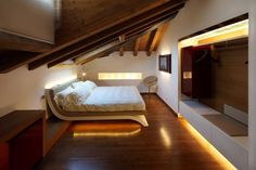Beyond Spectacular Attic Bedroom Designs - Sortrature Attic Bedroom Designs, Attic Bedrooms, Bed Rooms, Loft Room, Bedroom Loft, Calm Bedroom, Master Bedroom, Contemporary Bedroom, Modern Bedroom
