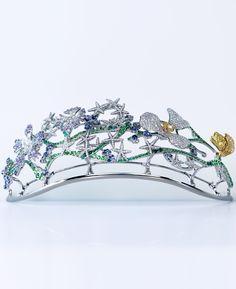 NIWAKA HANAKAGO, means a flower basket, head piece, tiara, diamonds, yellow diamonds, tsavorites, blue sapphires, amethysts and green agates, mounted in white gold and yellow gold