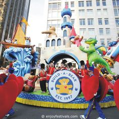 Discover Adventure! Float - Macy's Thanksgiving Parade 2016