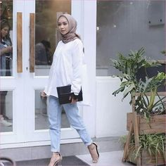 Ootd Hijab, Hijab Outfit, Muslim Fashion, Wedge, Normcore, Jeans, Skinny, Sweater, Model