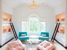House of Turquoise: Cool Custom Bunk Room on We Heart It Bunk Bed Rooms, Bunk Beds Built In, Cool Bunk Beds, Kids Bunk Beds, Trundle Beds, Lofted Beds, Kura Bed, House Of Turquoise, Coral Turquoise