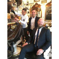 @brodrenefevangsbarberstue jør oss fine før bryllup #barber #barbershop #brodrenefevangsbarberstue #barberstue #stavanger #suit #suitup #tigerofsweden #party by catober