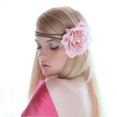 Accessoires de la mariée: headbands simples et romantiques