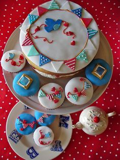 Birds and Bunting Cake and Cupcakes