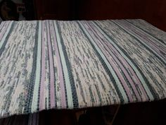 Creations, Weaving, Rag Rugs, Blanket, How To Make, Color, Design, Home Decor, Ideas
