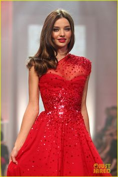 Miranda Kerr-shes so cute and I love this dress#Repin By:Pinterest++ for iPad#    3      4