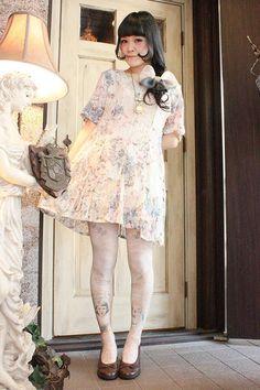 Grimoire Shibuya – Japanese Dolly-kei & Vintage Fashion Wonderland