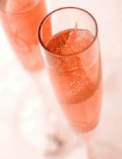 Recette cocktail au champagne rosé et pamplemousse