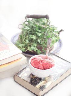 Rústica: Helado de Fresas con Crema/Strawberries Ice Cream