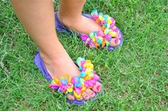 Make Balloon Flip Flops.   I saw these over the weekend in person and they were ADORABLE.  Cannot wait to make these with our wee girl.