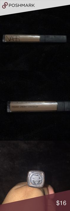 Nars concealer NARS concealer is my favorite concealer ever it's really good !!! This shade is sadly to dark for me! Only swatched once ! NARS Makeup Concealer