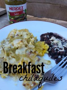 Chilaquiles Breakfast Chilaquiles- A simple version of a traditional Mexican dish made with eggs, tortillas and salsa.Breakfast Chilaquiles- A simple version of a traditional Mexican dish made with eggs, tortillas and salsa. Mexican Breakfast Recipes, Mexican Food Recipes, Breakfast Ideas, Eat Breakfast, Vegetarian Recipes, Tamales, Chilaquiles With Eggs, Empanadas, Mexican Recipes
