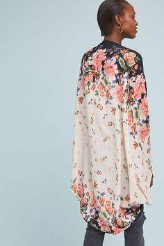 Slide View: 2: Gardener Floral Kimono Long Kimono, Kimono Top, Fashion Brands, Luxury Fashion, Fashion Tips, Winter Outfits, Summer Outfits, Floral Kimono, Street Style Looks