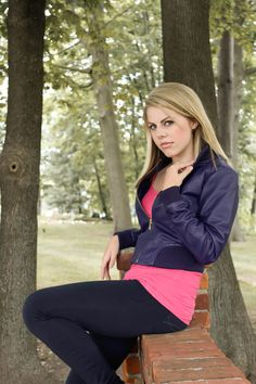 Rose Tyler cosplay. This is pretty legit.