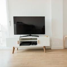 Scandinavian Style White TV Unit
