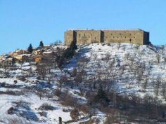 Castel Lagopesole, Potenza, Basilicata, Italy. 40°48′09″N 15°44′00″E