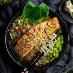 Easy dinner ready in under 30min, protein packed and downright delicious! Peppermint Crisp, Easy Weekday Meals, Edamame Beans, Oxtail, Crisp Recipe, Salmon, Spicy, Tasty, Dinner