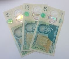 Last week the Bank of England launched its first ever plastic banknote. And they are already fetching HUNDREDSof pounds online. The notes have already proved popular with the public, but now they…