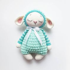 "918 Beğenme, 41 Yorum - Instagram'da AMALOU.Designs  (@amalou.designs): """"Mara the sheep""  I need some tester for the english pattern of Mara! Thank you…"""
