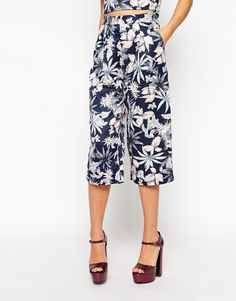 Image 4 of Dahlia Culottes In Leaf Print