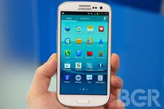 Galaxy S III listing just showed up in the retail space with no NFC and a 4 inch screen. Yea, cuz Samsung doesn't copy Apple on ANYTHING do they? This must just be a coincidence right? Right!