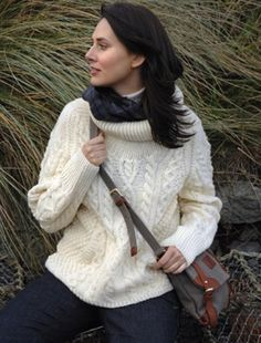 Aran Merino Wool Leaf Scarf (Love this pattern, soft look.) | Aran ...