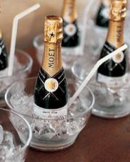 Mini Champagne presentation- this is so cute!