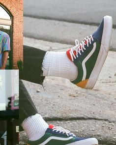 Vintage Outfits Discover Vans Old Skool Skate Shoe - Blue / Green / Yellow Estilo Vans, Vans Outfit, Blue Shoes Outfit, Vanz, Retro Shoes, Retro Sneakers, Club Shoes, Baskets, Aesthetic Shoes