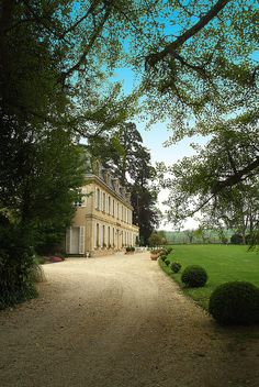 Chateau La Cheneviere,France