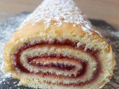 Recette : Gâteau roulé à la confiture par Lacuillereauxmilledelices