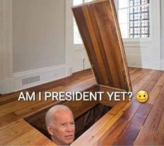Really Funny Memes, Stupid Funny, Funny Jokes, Funny Political Memes, Funny Politics, Creepy Joe Biden, Trump Is My President, Political Views, Stupid People