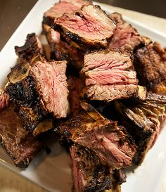 In search of Argentina's best steak - Photographer: Javier Pierini Published: August 2012 Issue Grilling Recipes, Pork Recipes, Mexican Food Recipes, Carne Asada, Argentina Food, Argentina Recipes, Food N, Food And Drink, Food From Different Countries