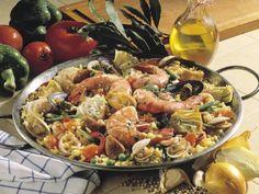 Meeresfrüchte-Liebhaber kommen hier auf jeden Fall auf ihre Kosten. Die spanischen Rezepte von EAT SMARTER überzeugen durch Geschmack und Originalität!