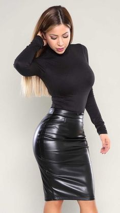 Tight Dresses and Hot Messes: Photo Hot Outfits, Fashion Outfits, Womens Fashion, Fashion Trends, Dress Outfits, Dress Shoes, Summer Outfits, Black Leather Skirts, Leather Dresses