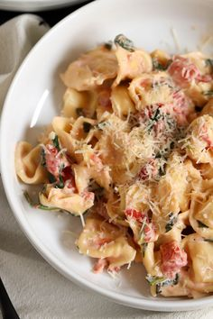 Our spinach and tomato tortellini makes the perfect weeknight meal. Ready in less than 30 minutes, it's creamy, delicious, and the perfect comfort food to get you to the weekend. Spinach And Tomato Tortellini, Tortellini Recipes, How To Make Spinach, Pasta, Cooking Recipes, Healthy Recipes, New Cookbooks, Restaurant Recipes, Weeknight Meals