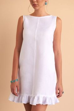 The Lana all white linen dress will no doubt make a staple in your wardrobe. Simple Dresses, Cute Dresses, Casual Dresses, Dresses Dresses, Dance Dresses, Short Dresses, Formal Dresses, Casual Summer Outfits, Stylish Outfits