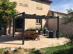 Condate : pergola 3x4m en aluminium #pergola #tonnelle #design #déco #jardin #été http://www.alicesgarden.fr/parasol-tonnelle/tonnelle/pergola-condate-3x4m