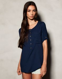 :SHIRT WITH BUTTON TAB ON SLEEVES