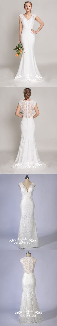 lace v-neck mermaid wedding dress with lace back for fall weddings