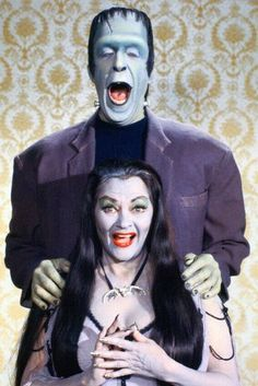 The Munsters, Munsters Tv Show, Munsters House, Yvonne De Carlo, Beetlejuice, Frankenstein, La Familia Munster, Dark Romance, Cinema Tv