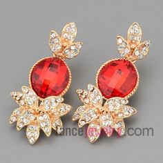 Dazzling stud earrings with gold brass decorated shiny crystal and red cat eyes