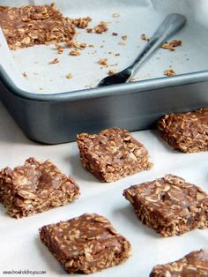 No Bake Buckeye Oatmeal Bars. Just a few minutes and a few ingredients to make these healthy bars!